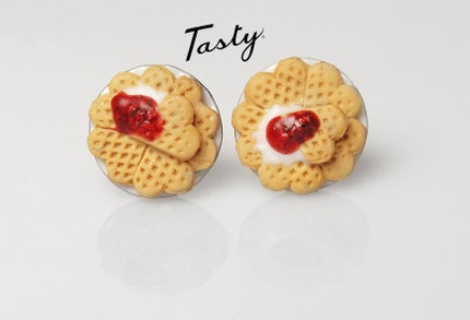 WAFFLE earrings.
