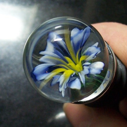 flower implosion marble bottle stopper
