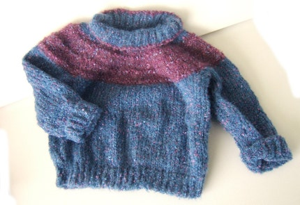 Blue and mauve loopy yarn knitted sweater (((FREE SHIPPING)))
