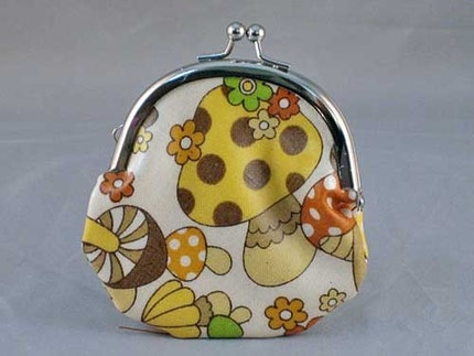 SALE Mushroom - Brown Frame Purse(Small)