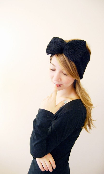 Big ol' Bow Earwarmers in Black