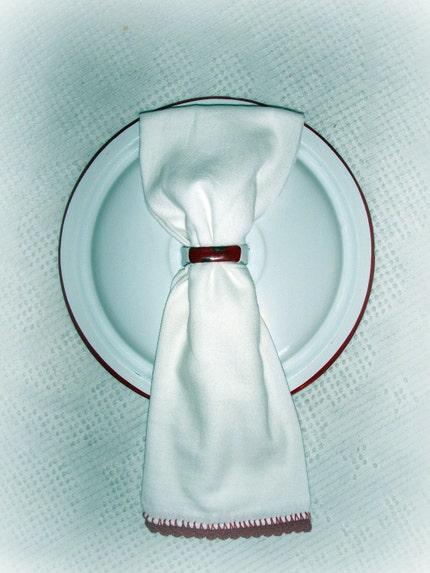 KITCHEN WALL TOWEL HOLDER W/ FLOUR SACK TOWEL CROCHETED EDGE NEW