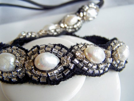 Headband Weddings Bridesmaid Black and White by nyjolejewellery pearls