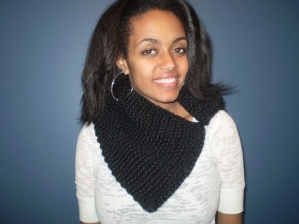 Large Retro SCARF COWL in BLACK.. No Ship Fee