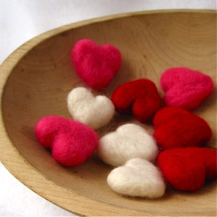 heart love pebbles / set of three in red / wedding decorations