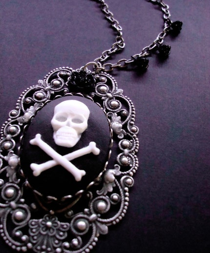 MACABRE Large Gothic Skull Cameo and Dainty Black Glass Rose Necklace