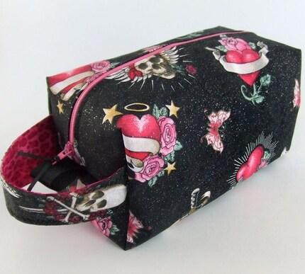 VALENTINE REBEL - Zippered Box Project Bag