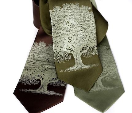 Oak Tree SILK screenprinted necktie, sage ink
