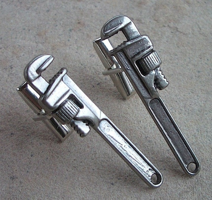 FRENCH CUFF LINKS - Miniature PIPE WRENCHES - Metal Cufflinks Fun STEAMPUNK Jewelry