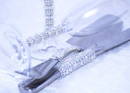 Cake Server Set And 2 Flutes Beaded In Swarovski Crystals And Fresh Water Pearls