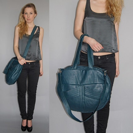 TAZETTA ECO FRIENDLY LEATHER BAG - Teal with two deep front pockets