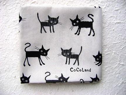 Cute Japanese Fabric - Cat WHITE HALF YARD (F146)