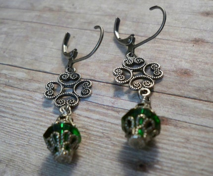Brianne Green Crystal Earrings by simplywillow on Etsy