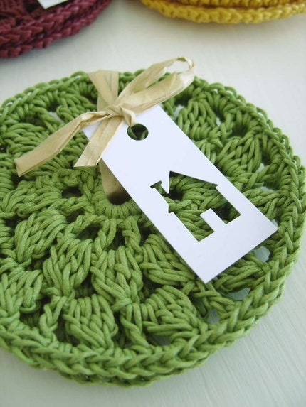 Set of 2 washable crocheted round coasters in GREEN by CasaDiAries