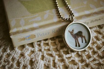 Little Deer-pendant necklace