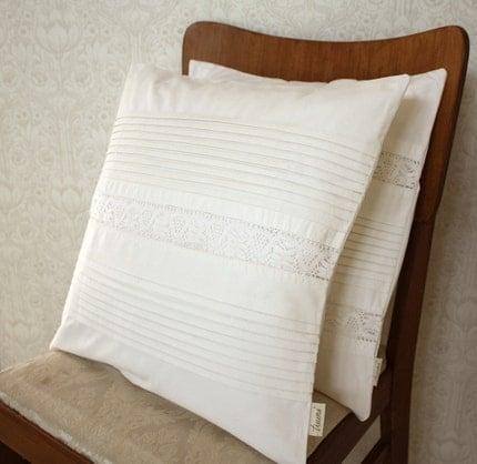 white on white -pillow cover, set of 2