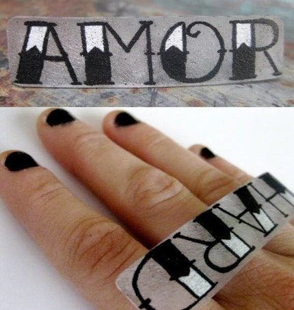 tattoo your knuckles big ring
