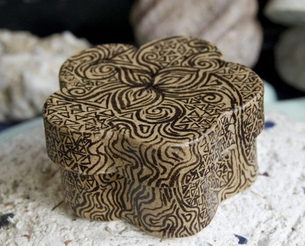 Henna Small 2x2 inch Gift box
