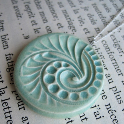 aqua swirl necklace