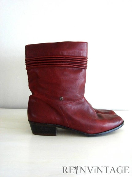 vintage RED AiGNER ankle boots