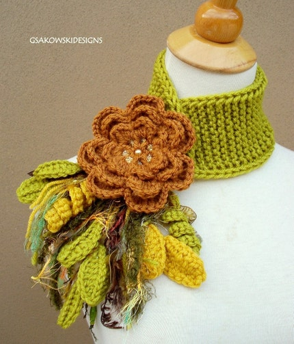 Lime green with brown flower pin, via Etsy: gsakowskidesigns