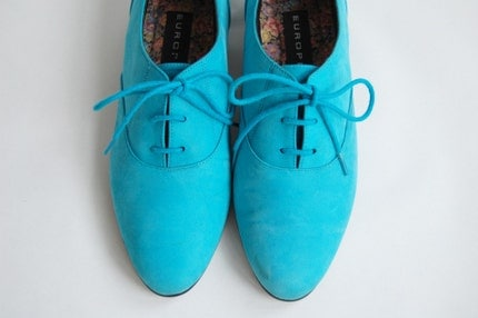 Vintage Sky Blue Suede Lace Up Shoes Sz 9 by Deconize on Etsy from etsy.com