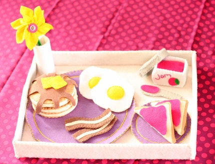 Felt Food Breakfast in Bed Play Set