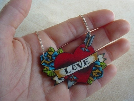 cupids lover heart with roses necklace