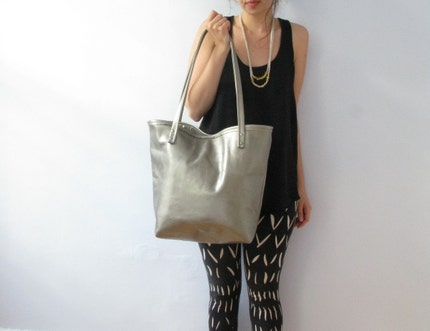 market tote in distressed metallic pewter by renneslechateau from etsy.com
