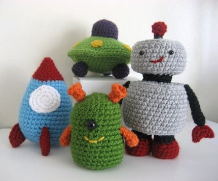 PDF-Amigurumi pattern- Robots, Rockets and UFO's Amigurumi Toy Pattern Set