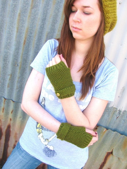 Olive Fingerless Mittens with Strap