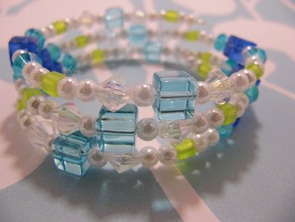 Blue and Green beaded memory wire bracelet