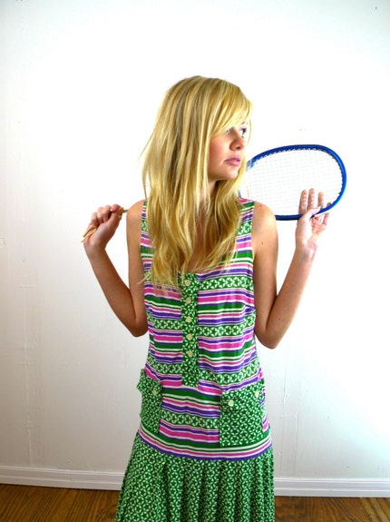 vintage 1970s tennis outfit green and purple stars print small medium