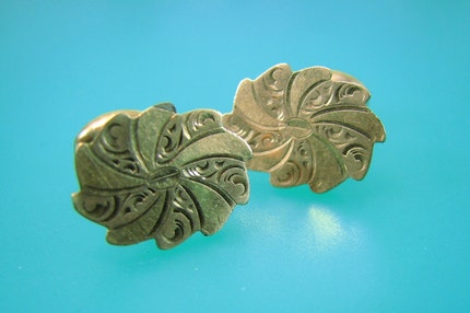 Victorian Rose Gold Engraved Cuff Link  by BlissStreetJewelry from etsy.com
