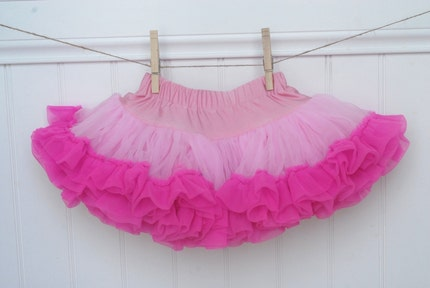 BOUTIQUE QUALITY CHIFFON (not tulle) SWEET PETTISKIRT...6 colors/designs available sizes infant..up to 8years ......You Pick from our new designs and sizes...