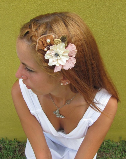 Glitz - Floral Hair Comb W vintage fabric natural twisty vines and pearls Summer Garden Collection 2010
