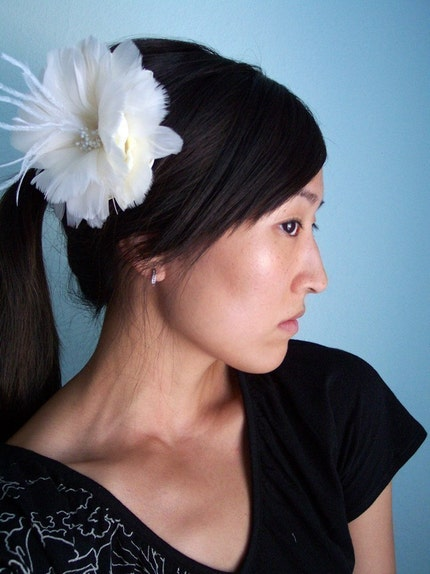 Flourish, single - Bridal hair piece, feather flower - Made to Order
