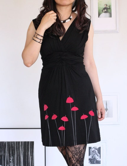 Black V-neck Dress-Red Umbrellas-size Large