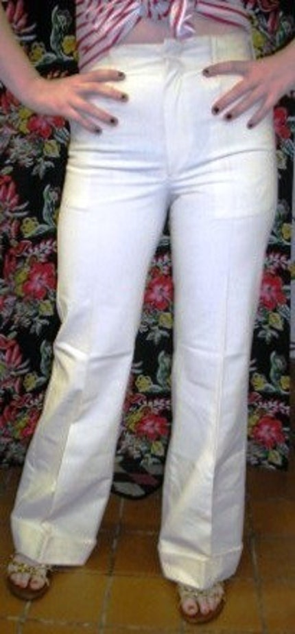 1960s White Cotton Bell Bottom Levi's