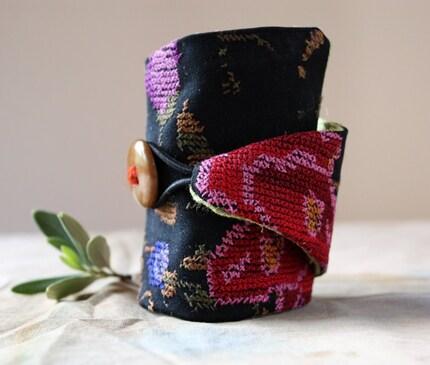 Roam, a cuff-bracelet by LaTouchables