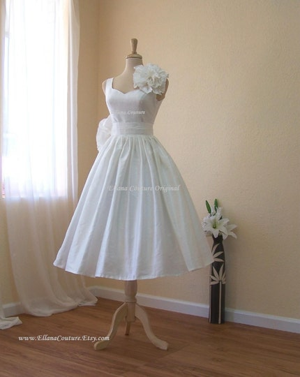 Magnolia - Vintage Inspired Wedding Dress. Tea Length. ALL SILK.