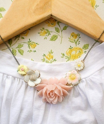 Blushing Necklace