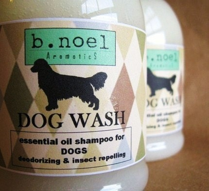 DOG WASH Naturally Deodorizing and Insect Repelling Pet Shampoo