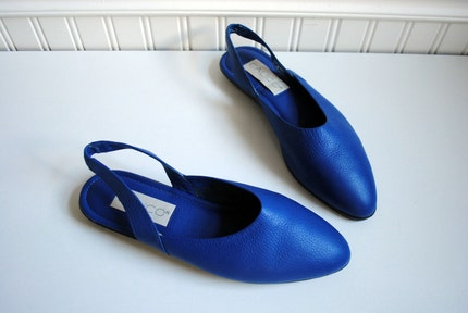 electric blue DEADSTOCK pebbled leather slingback flats size 7