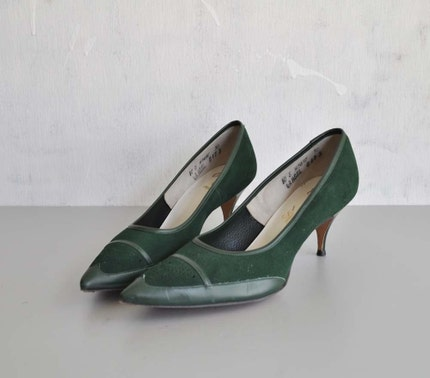 Vintage 50s PINE GREEN Suede Heels by MariesVintage on Etsy Sexy 50s pumps