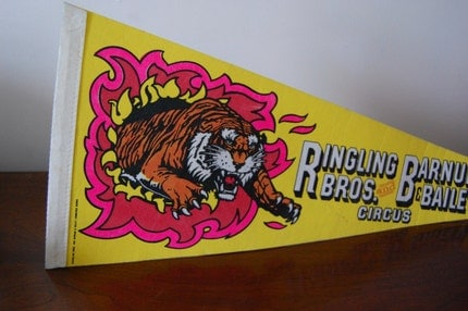 Vintage CIRCUS Barnum and Bailey Wall Pennant SALE