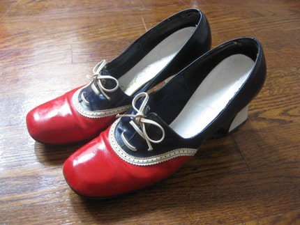 Vintage 60s Mod Red White and Blue Chunky Heeled Shoes 7