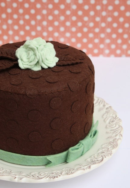 Felt Chocolate Mint Dot and Rose Ganache Cake