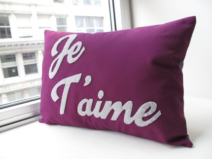 Je T'aime Pillow  vs 2 by HoneyPieDesign on Etsy