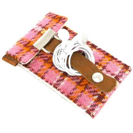 Stash iPod Touch / Classic case - pink and orange vintage wool plaid